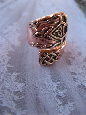 Adjustable Copper Ring CRI1304 - Can be open up form sizes 7 to 9 1/2.